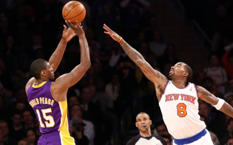 Metta World Peace taking shot over Knicks SG, JR Smith.