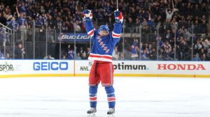 derek-stepan-power-play-celebration-3-22